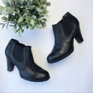 B.o.c. Born stacked heel bootie pebbled leather
